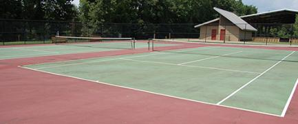 Play all day on one of our two tennis outdoor tennis courts.